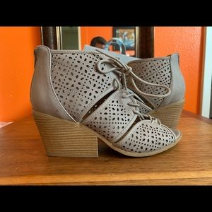 Taupe Pumps perfect for summer and fall